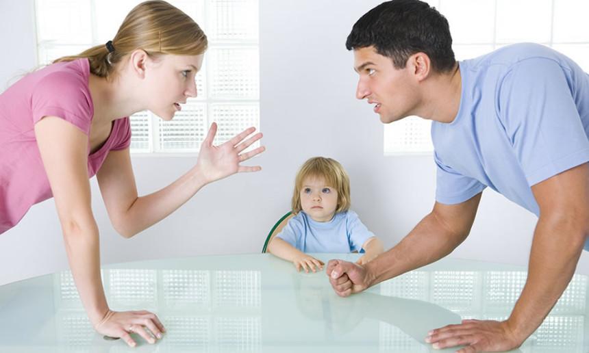 Boşanma süreci çocuklara doğru anlatılmalı