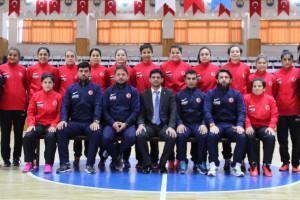 Adore Mobilya'dan İşitme Engelliler Kadın Futsal M...