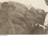 Cephede can alan el bombaları - Görsel 1