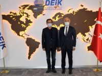 Soldan sağa  IAS  Ynetim Kurulu Başkanı Yaşar Hakan Karabiber, DEIK Başkanı Nail Olpak